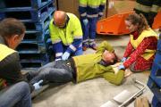 Stabiliseren gebroken been voor vervoer slachtoffer
